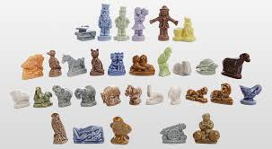 figurines tea