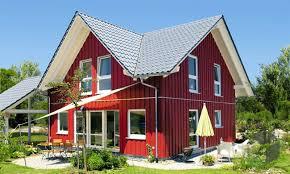 Haus Zum Kaufen Ein Holzhaus Bauen Preise Anbieter Infos Fertighaus De
