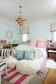 Pink Bedroom Rug U0027s Rooms Blue Walls Ivory Wood Camel Back Bed Pink Ruffled