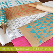 how to make your own diy printed wrapping paper with rolling pins