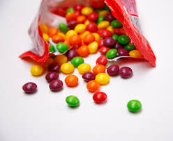 how well do you really know your halloween candy playbuzz
