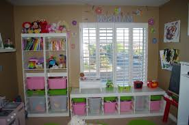 small teen room small rooms and bedroom ideas on pinterest homes stripped bed sheet decor small kids bedroom layout ideas wooden