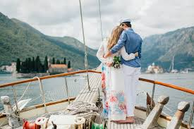 honeymoons registry 3 signs a honeymoon gift registry is right for you smitten