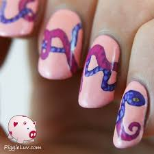 piggieluv snakes on my nails