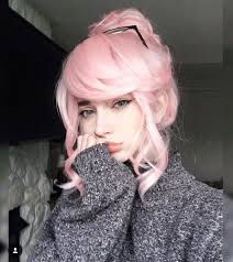 pinks current hairstyle best 25 girl with pink hair ideas on pinterest skinny girls