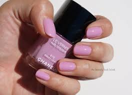 chanel sweet lilac 615 le vernis the beauty look book