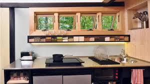 cuisine caravane équipée dans caravane