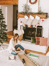 modcloth home decor spreading holiday cheer livvyland austin fashion and style blogger