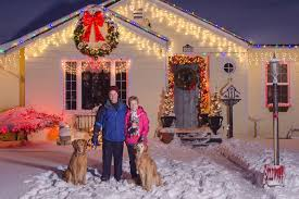 Christmas Outdoor Decorations Dog by Best Spots To Hang Outdoor Christmas Lights Ebay
