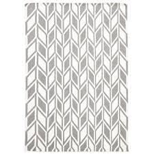 20 ways to grey and white chevron rug