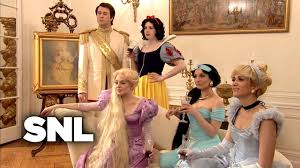 kristen wiig penelope thanksgiving disney housewives saturday night live youtube