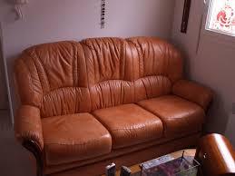 vieux canapé echange salon cuir grand bazar 13200 arles