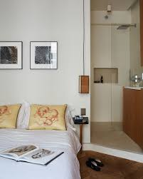 How To Decorate A Guest Bedroom - small guest bedroom ideas for when you only have an air mattress