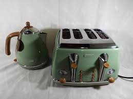 Delonghi Vintage Cream Toaster Vintage Kettle And Toaster Affordable This Item Victorian