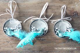 diy jar lid ornaments the crafting