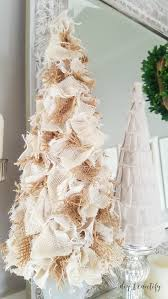 top 16 burlap christmas decoration ideas christmas celebrations