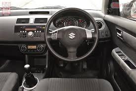Grande Punto Interior Fiat Grande Punto Vs Maruti Suzuki Swift Vs Vw Polo Carwale