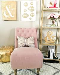 Pink Gold Bedroom by Pink And Gold Glamorous Living Pinterest Gold Bedrooms