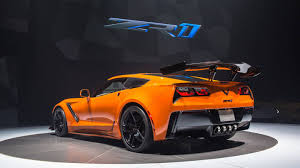 chevy corvett the 2019 chevrolet corvette zr1 will try for a sub 7 minute