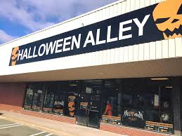 when does spirit halloween open 2017 st john u0027s halloween store find halloween costumes