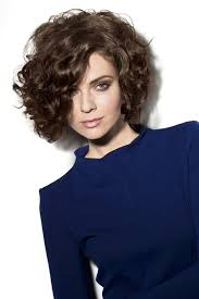 Bob Frisuren Locken Bilder by Frisuren Frauen Bob Locken Beste Frisuren 2017