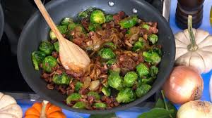 pan roasted brussels sprouts with caramelized onions and crispy