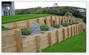 Timber Retaining Wall Designs Home Design Ideas - Timber retaining wall design