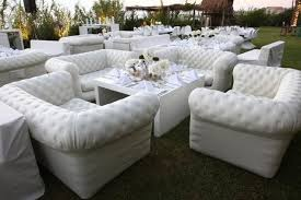 canapé chesterfield blanc canapé gonflable chesterfield blanc ml locations