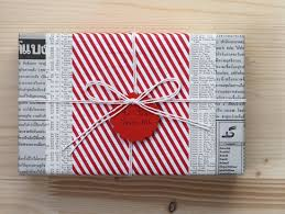 awesome wrapping paper 30 unique gift wrapping ideas for christmas how to wrap