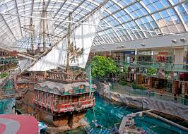file pirate ship in the west edmonton mall jpg wikimedia commons