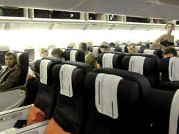 air boarding boeing 777 200er
