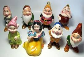 set of snow white and the seven dwarfs figures enesco 1960s