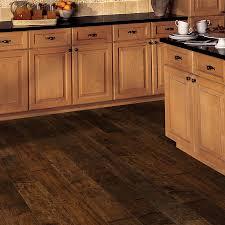 Honey Maple Laminate Flooring Heirloom Hardwood Floors By Hallmark Floors Inc