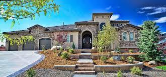 Tuscan Garden Decor Decor Tuscan Style Homes Design Ideas With Green Garden Area And