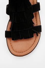 urban outfitters minnetonka maui fringe sandal in black lyst