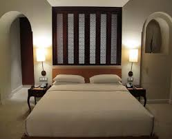 Width Of King Bed Frame Wall Paint Color Schemes Exles Metal King Size Bed Frame Width