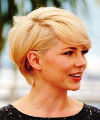 25 cute and short hairstyles for round faces latest short