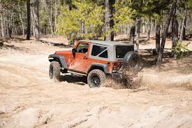 jeep wrangler snow tires airing down wrangler tires for increased traction extremeterrain