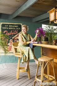 Michelle Phillips Michelle Phillips U0027 Backyard Tiki Bar Hawaiian Home Bar