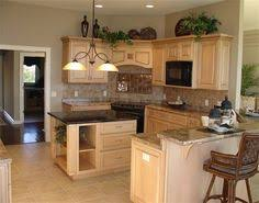 Decorating The Top Of Kitchen Cabinets by Oak Cabinet Kitchen Remodel Kitchen Designs Decorating Ideas