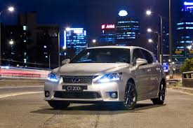 lexus ct 200h 1 8 f sport 5dr review lexus ct 200h 5 stars rating from euro ncap video