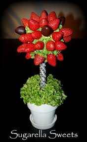 how to make edible fruit arrangements edible fruit arrangement centerpiece strawberry tree topiary