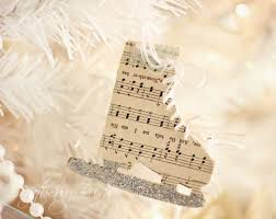 musical notes skate ornaments