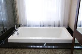 how to choose the bathtub