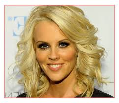 haircuts for med hair over 40 top haircuts medium length hairstyles women over 40 best
