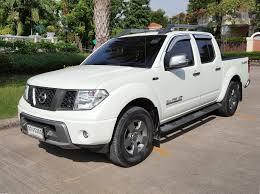 nissan truck 2014 2014 nissan navara 4dr calibre auto 60 000km 19 sripakorn