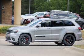 jeep srt rims 2018 jeep grand cherokee trackhawk spied looks ready to pounce