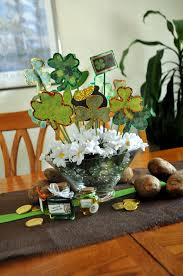 my finally finished st patrick u0027s day table decorations musings