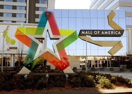 chaos breaks out at mall of america during islamic celebration