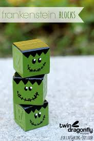 diy painted frankenstein blocks frankenstein craft and